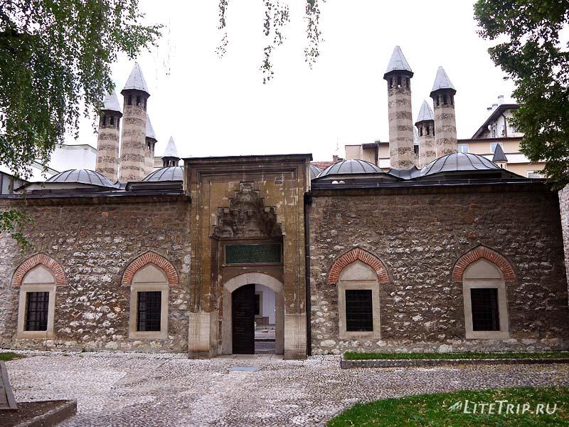 Босния и Герцеговина. Сараево - Императорская мечеть.