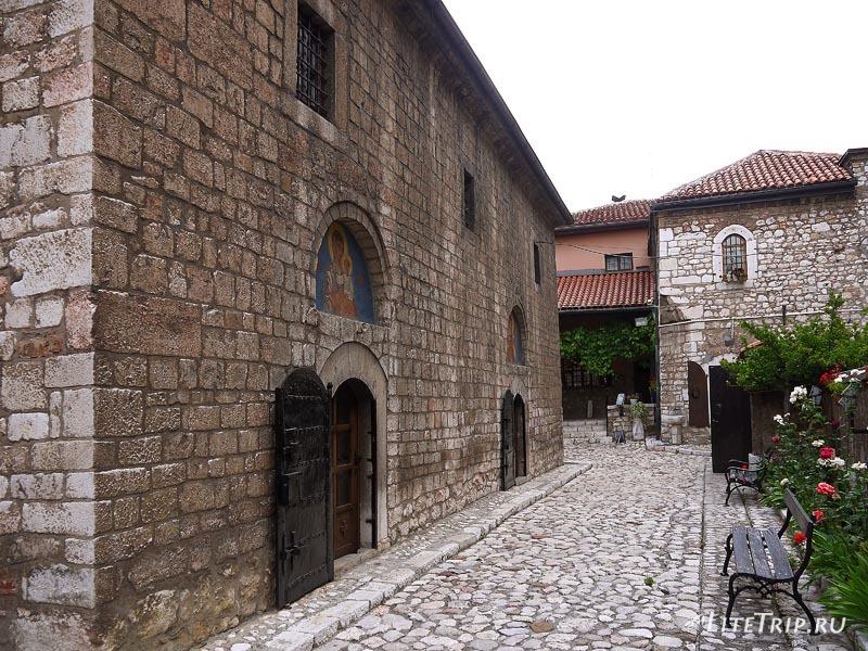 Босния и Герцеговина. Сербская церковь-музей в Сараево.