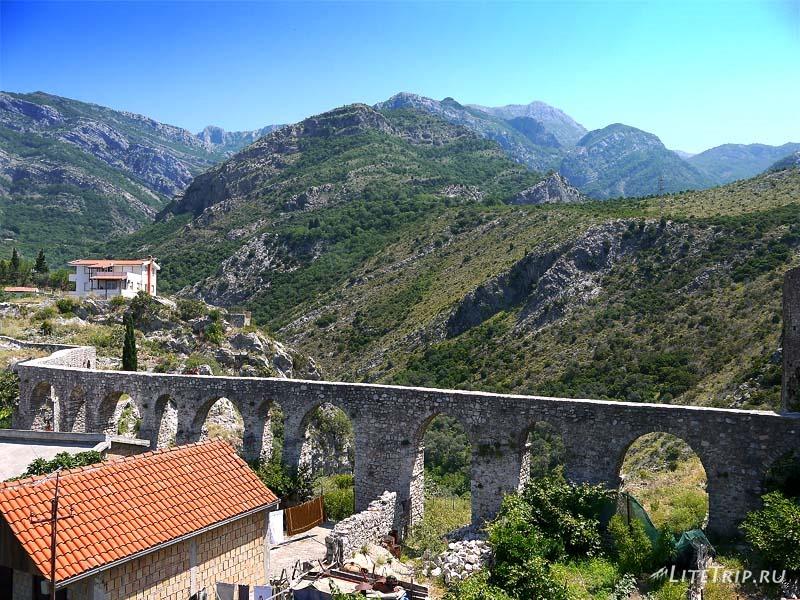 Черногория. Стены крепости старого Бара.