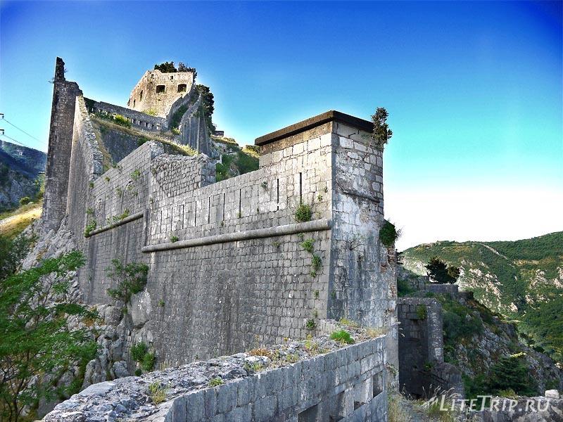 Черногория. Крепость в Которе.