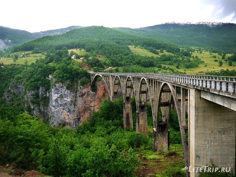 Черногория. Мост через каньон высотой 108м