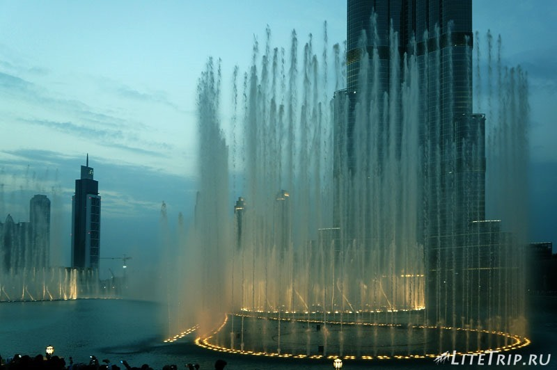 ОАЭ. Дубай. Фонтан - шоу.