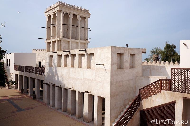 ОАЭ. Музей-форт Рас аль Хайма - внутренний двор.