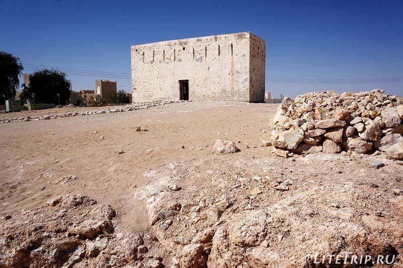 Оман. Шиср - старый форт.