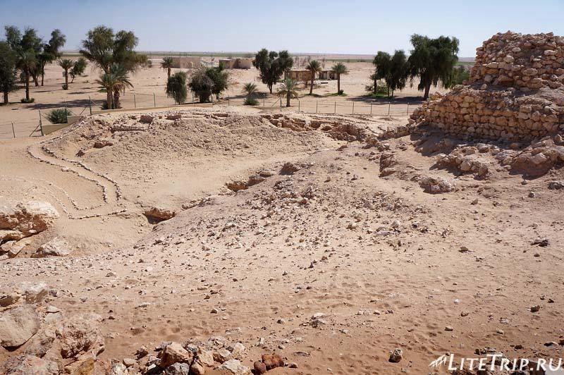 Оман. Шиср - территория раскопок древнего города.