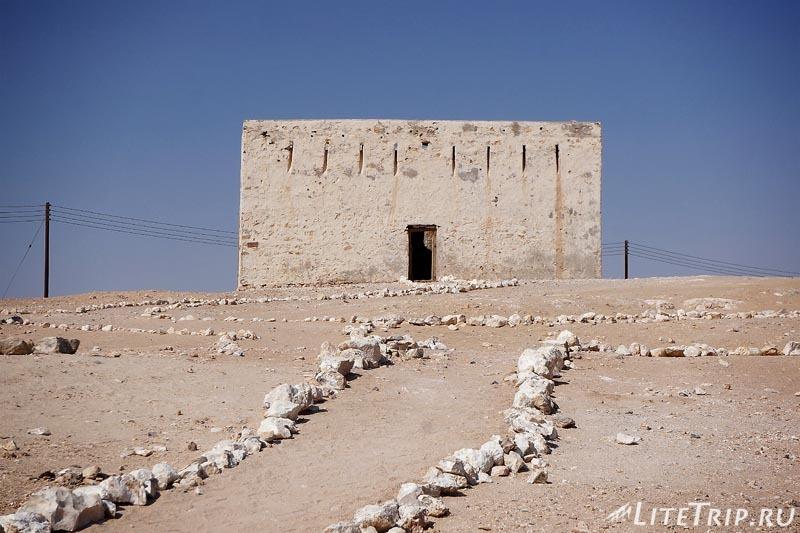 Оман. Шиср - территория раскопок - форт.