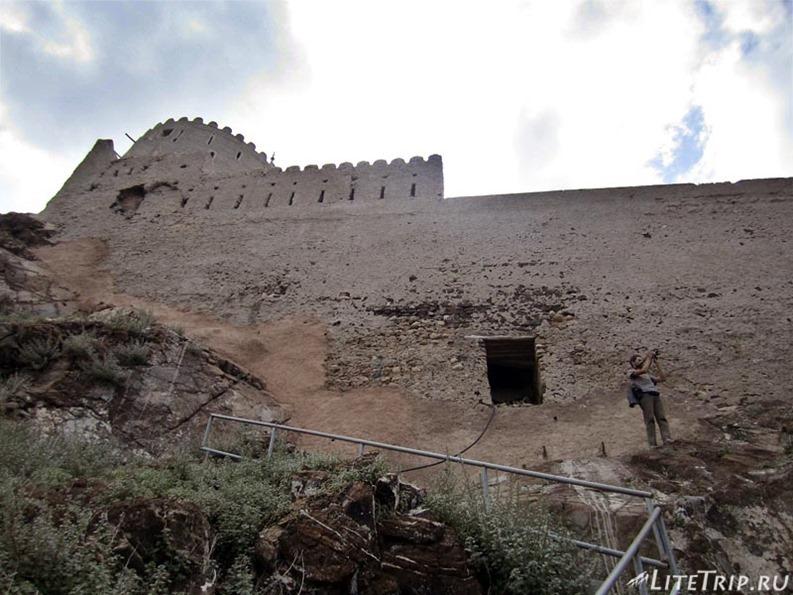 Оман. Старый Маскат - лестница Матра форта.