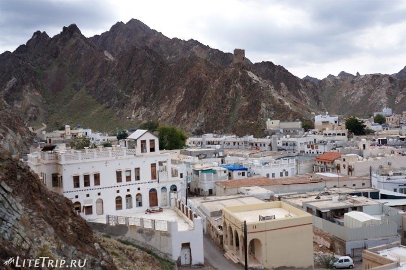 Оман. Старый Маскат - вид на город с Матра форта.