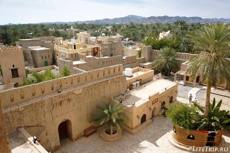 Оман. Форт Низвы - вид сверху.