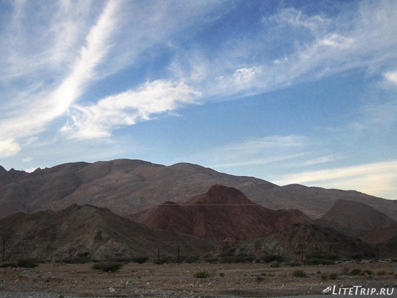 Оман. Сумаил - горы.
