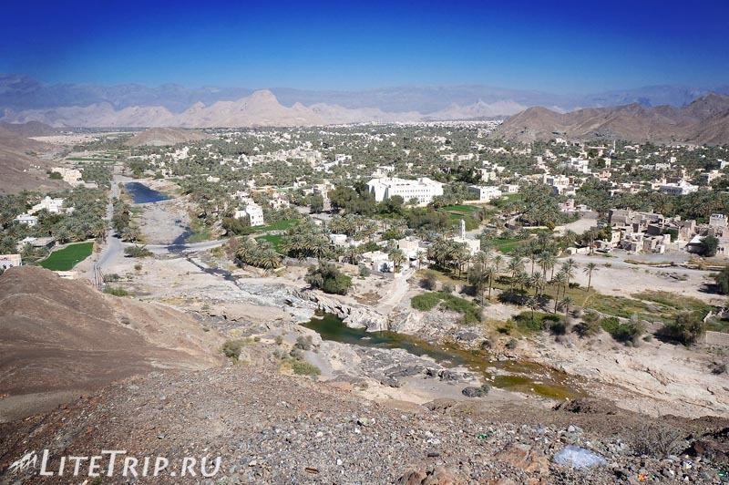 Оман. Бахла - городское Вади.
