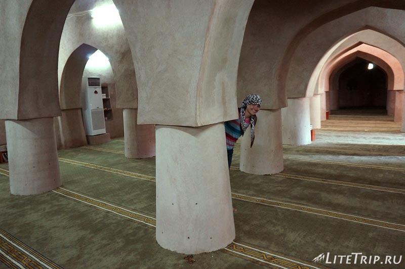 Оман. Рустак-форт - мечеть.