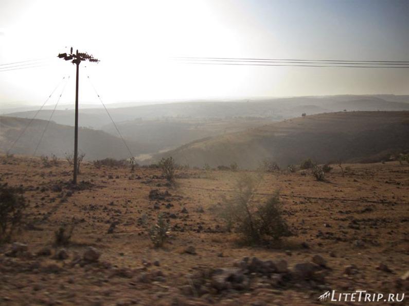 Оман. Горы Салалы - по дороге.