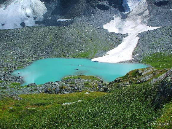 Снежное озеро