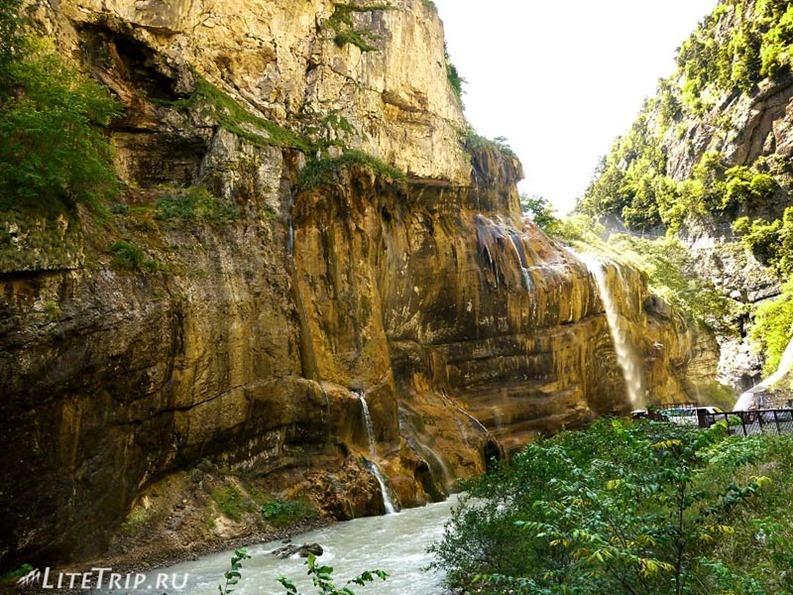 Россия. Кабардино-Балкария. Чегемские водопады.