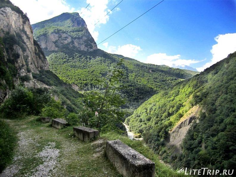 Россия. Верхняя Балкария - старая дорога.