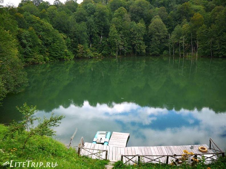 Россия. Верхняя Балкария - верхние голубые озера.