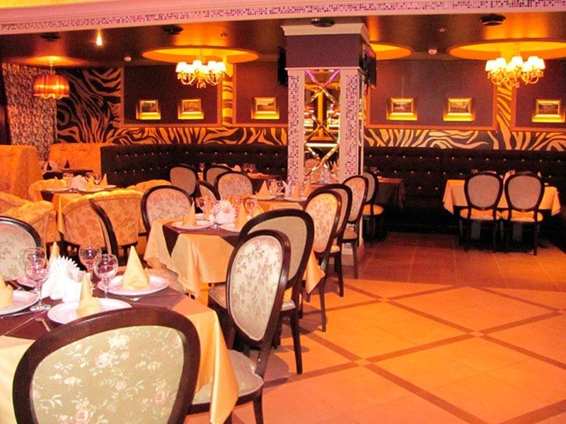 Кафе Версаль в Нижнеивкино