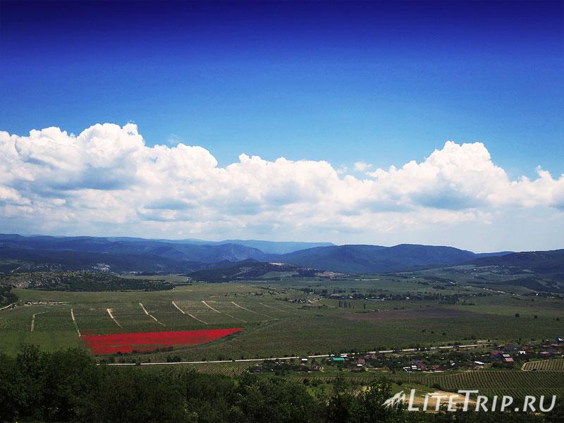 Крым. Севастополь. Диорама Штурм Сапун горы 7 мая. Вид с горы.