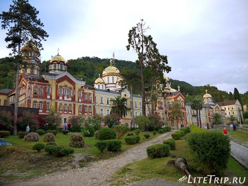 Абхазия. Новый Афон. Новоафонский монастырь.