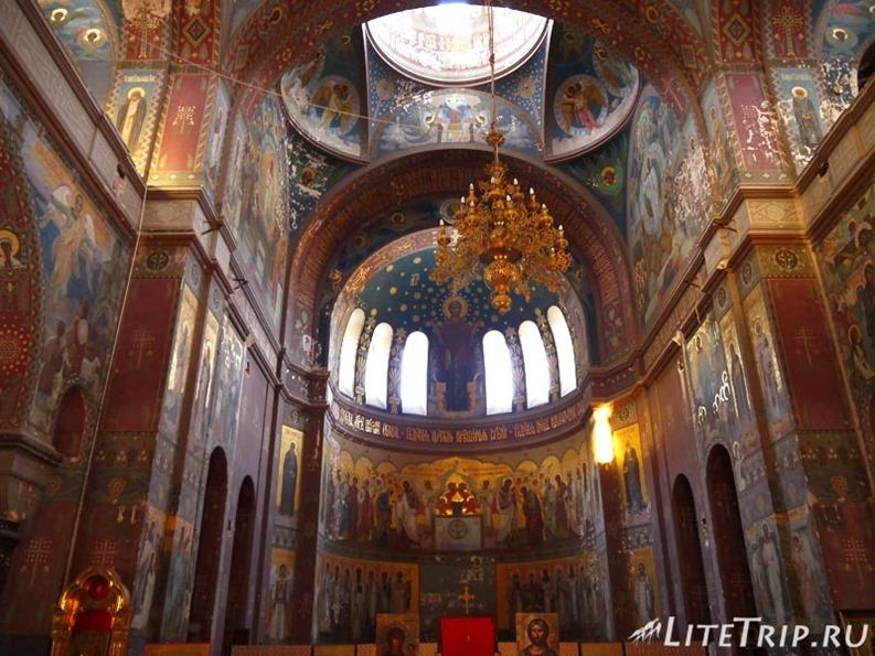 Абхазия. Новый Афон. Новоафонский монастырь - внутри.