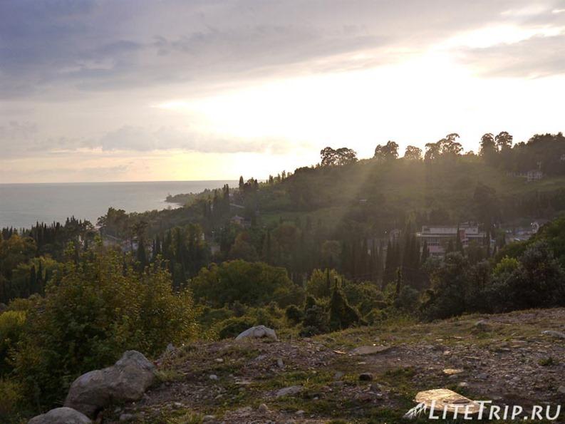 Абхазия. Новый Афон. Новоафонский монастырь - закат.