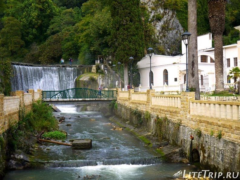 Абхазия. Новый Афон. Старая часть города.