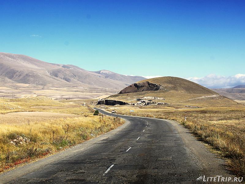 Дорога в Горис (Армения)
