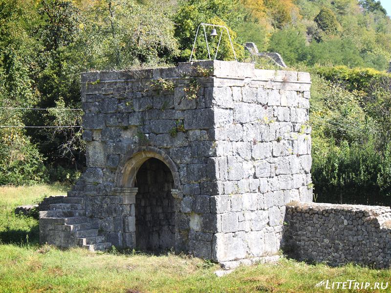 Башня крепости Нокалакеви