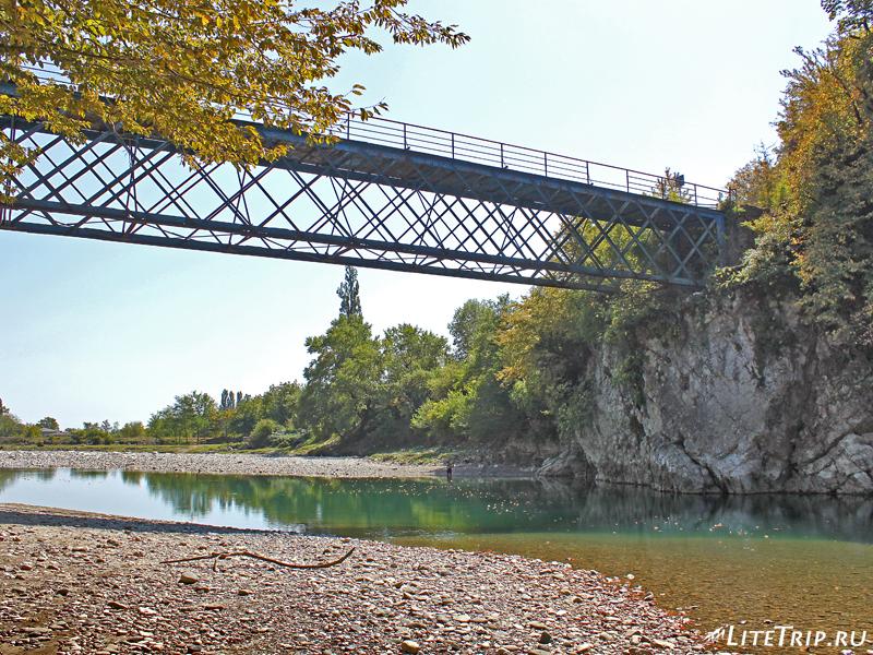 Железный мост через реку Техуру