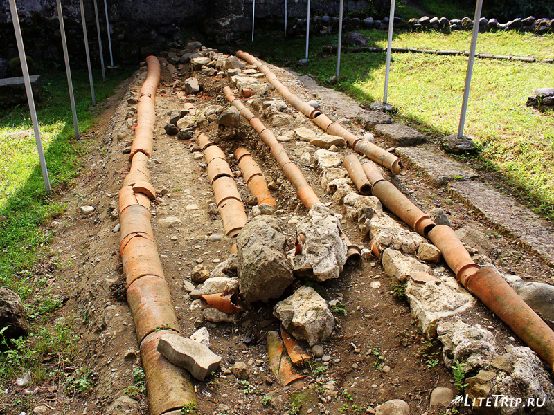 Керамический трубопровод и канализация в крепости Гонио