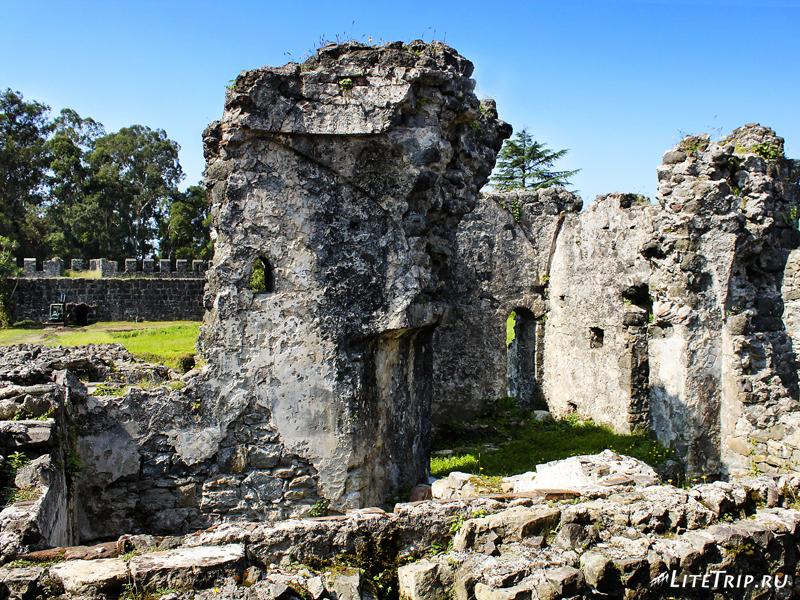 Развалины крепости Гонио