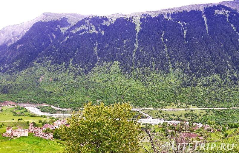 Грузия. Сванетия. Село Лахири. Вид на противоположную гору.