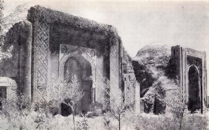Киргизия. Узген. Мавзолей династии Караханидов - старое фото.