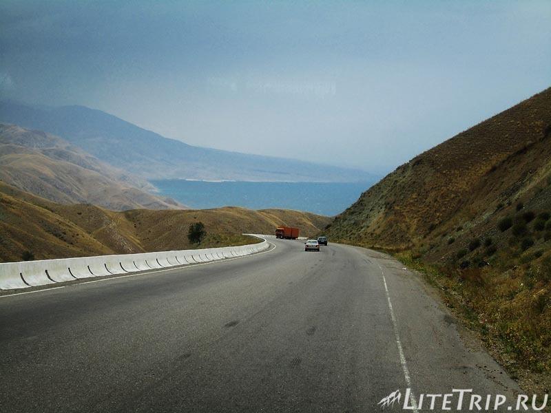 Киргизия. Перевал Тоо Ашуу. Идем с горки.