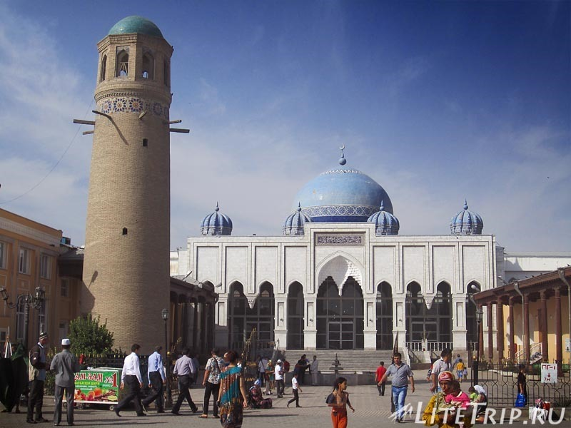 Таджикистан. Худжанд. Комплекс Шейха Муслихиддина - мечеть Масджиди Джами.