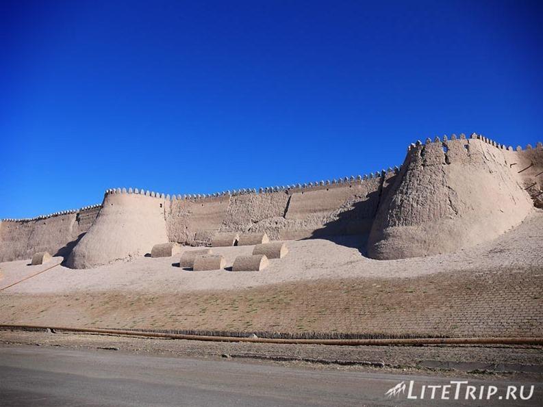 Узбекистан. Хива. Ичан Кала - стены.