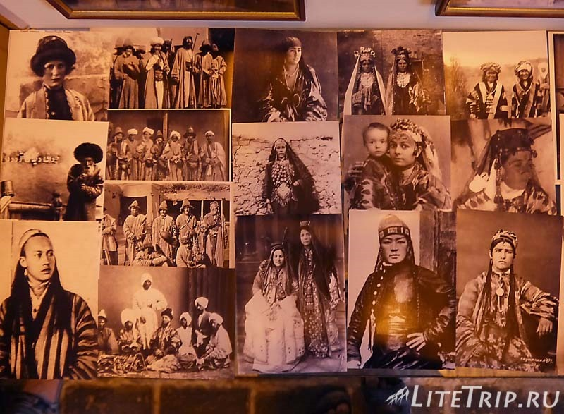 Узбекистан. Самарканд. Некрополь Шахи-Зинда. Фото людей.