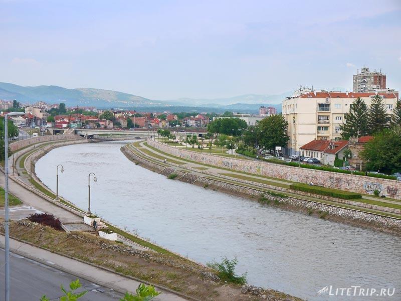 Сербия. Турецкая крепость - парк в Нише. Берег