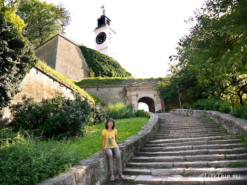 Сербия. Петроварадинская крепость - лестница.