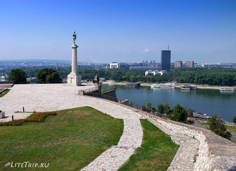 Сербия. Памятник Победителю в крепости Калемегдан.