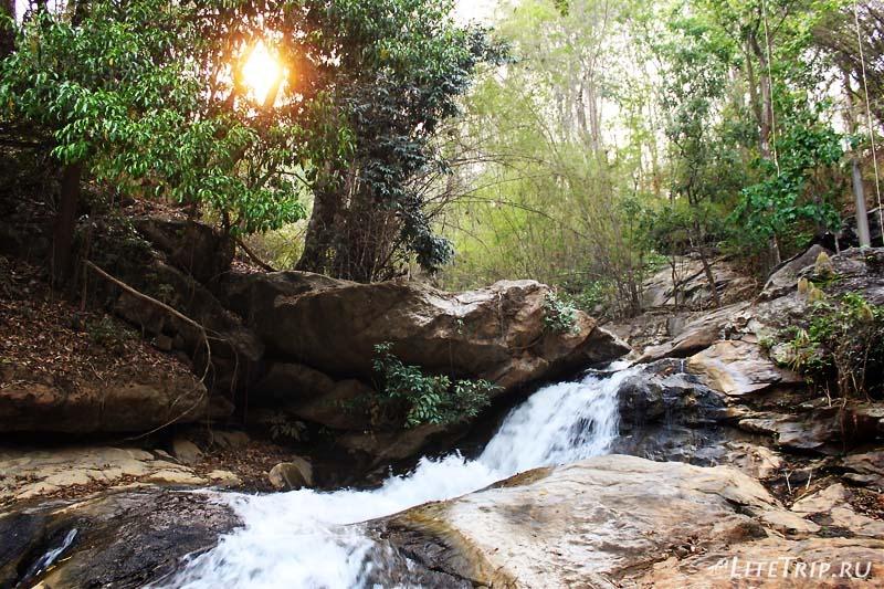 Водопад Mae Sa в Чианг Мае.
