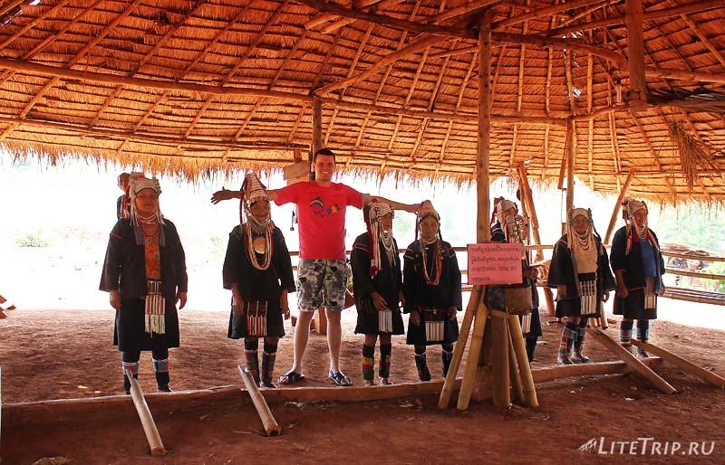 Племена длинношеих в Чианг Рае.