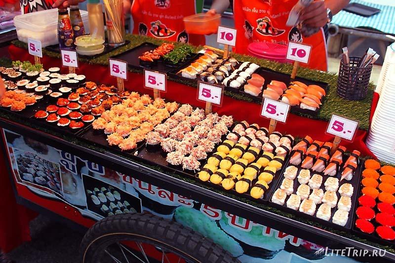 Вкусная и дешевая еда в Пае.