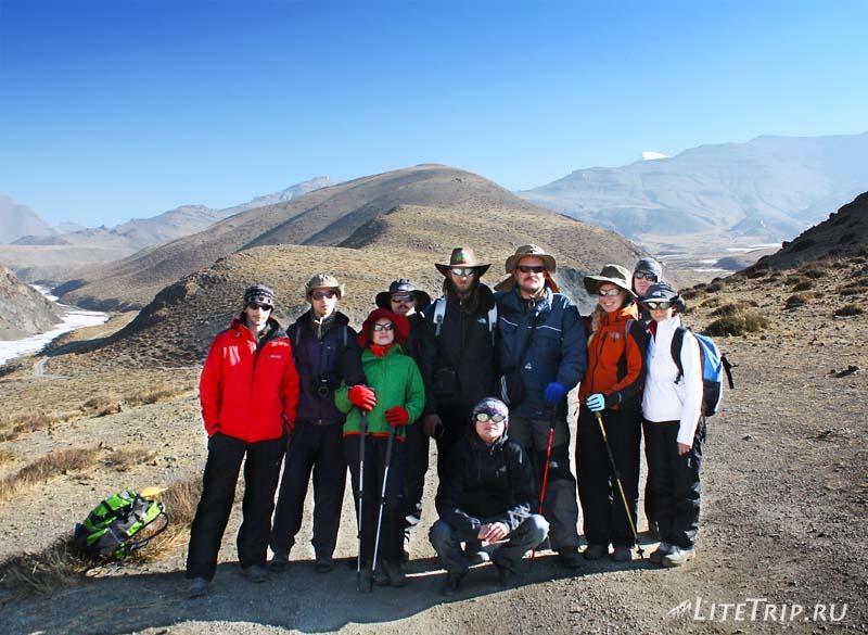 Тибет. Выход из Дарчена. Наша группа.
