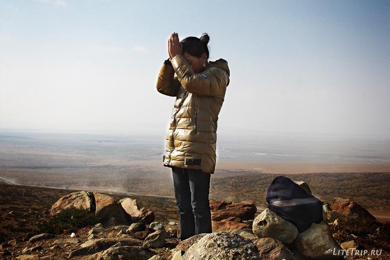 Тибет. Праздник Сага-Дава - паломники.
