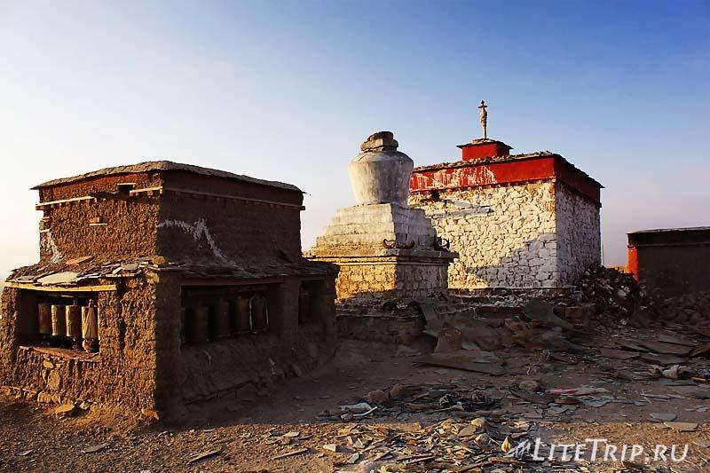 Тибет. Храм в Джонгба.