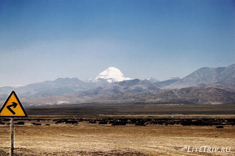 Тибет. Кайлас по дороге в Дарчен.