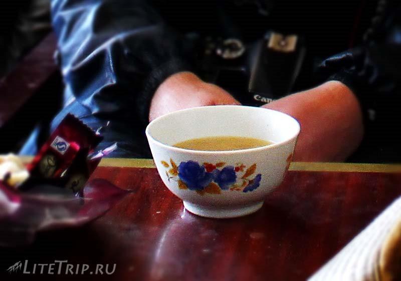 Тибет. Обход внешней коры вокруг Кайласа. Чай.