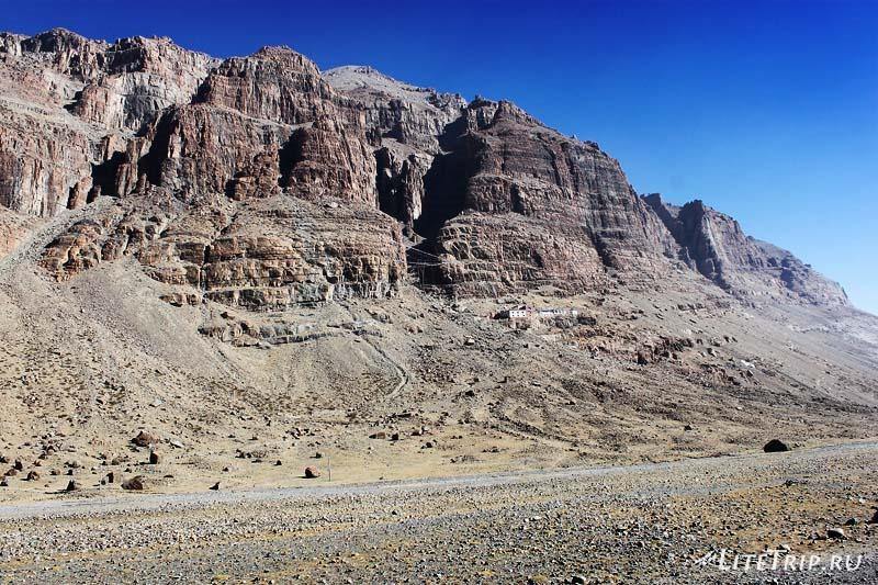 Тибет Внешняя кора вокруг Кайласа. Пейзажи.